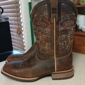 Ariat NWOT 11EE Cowboy boots,custom